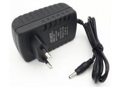 Зарядное устройство 12,0V, 2,0A, 3.5*1.35мм (P008)