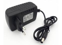 Зарядное устройство 13,5V, 1,5А, 5,5*2,5мм (LCD026)