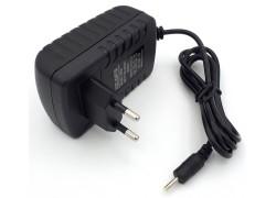 Зарядное устройство 5,0V, 3,0A, 2.5*0.7мм (P010)