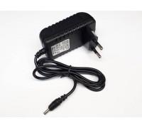 Зарядное устройство 5,0V, 2,0A, 3.5*1.35мм (P003)
